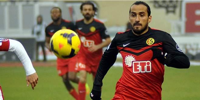 Erkan Zengin Trabzon'u böldü