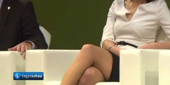 Siyasetçinin bacaklarına zoom yapınca…
