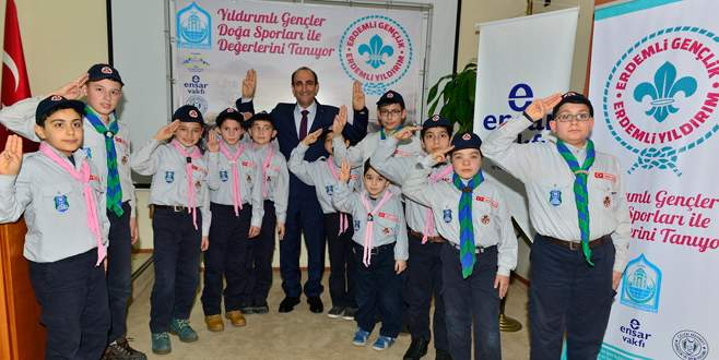 Başkan Edebali'den gençlere izci sözü