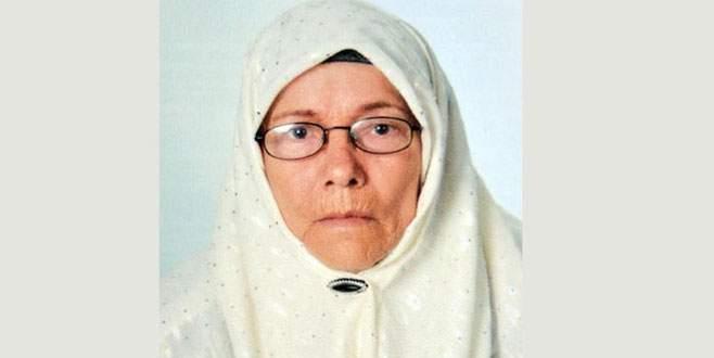 Yaşlı kadın yakılarak öldürüldü