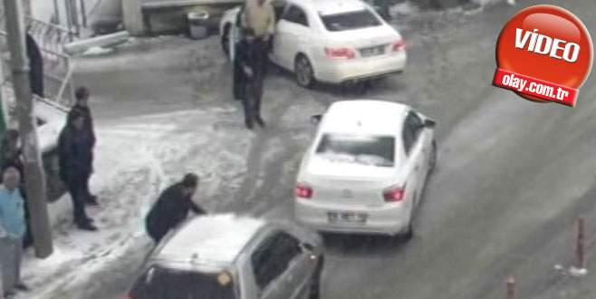 Bursa'daki kar kazaları kameralara böyle yansıdı