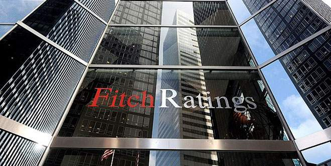 Fitch'ten Yunanistan'a darbe