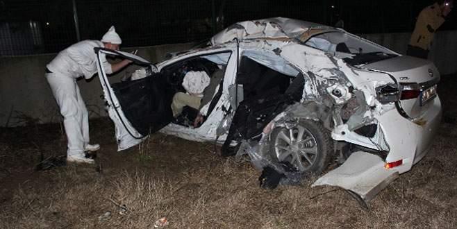 TIR ile otomobil kafa kafaya çarpıştı: 1 şehit, 2 yaralı