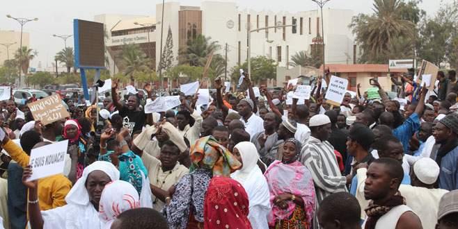 Nijer'deki protestolarda 10 kişi öldü