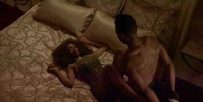 Whitney hayranlarını kızdırdı!