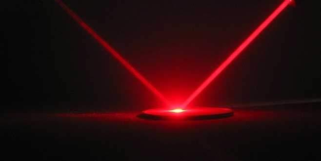 Bilim adamları ışığı yavaşlattı!