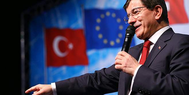 Davutoğlu: 'Avrupa Birliği'ne yalvarmayacağız'