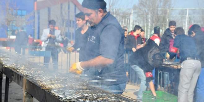 Hamsi Festivali'nde 2,5 ton hamsi tüketildi