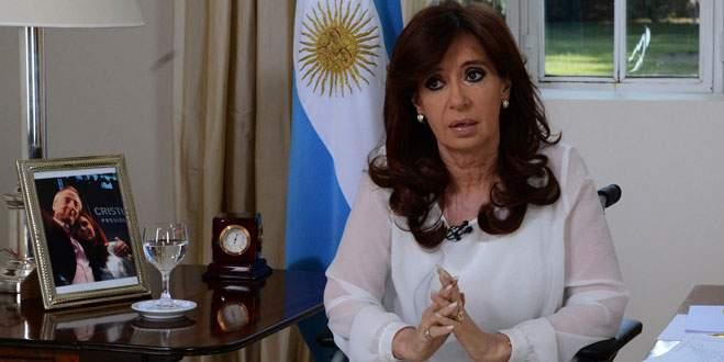 Kirchner iç istihbarat servisini feshedecek