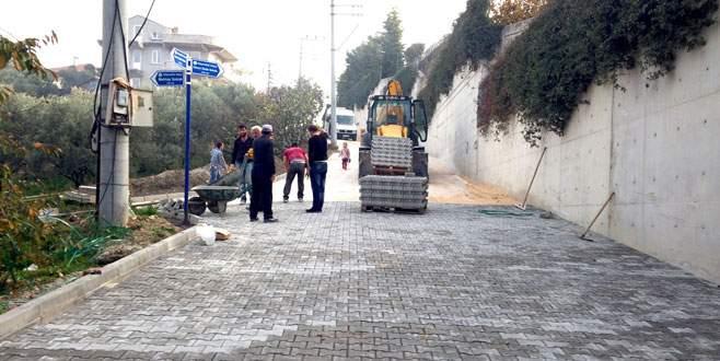 Mudanya'nın yeni sokaklarına parke taşı