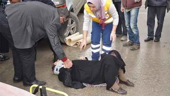 Kazada yaralanan eşini işte böyle teselli etti