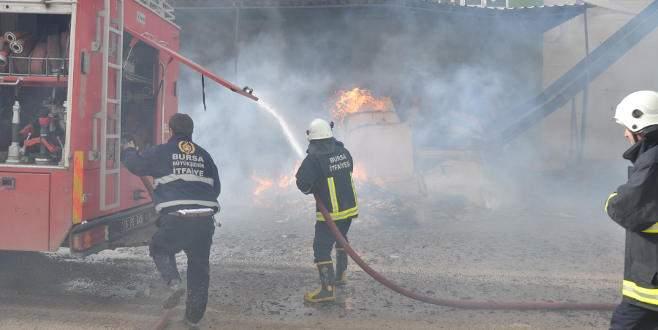 Bursa'da sanayi sitesinde yangın paniği
