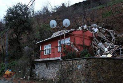 İstanbul'da toprak kayması