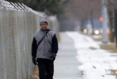 Her gün 34 kilometre yürüyor