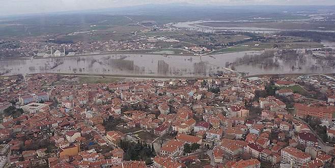 Edirne'deki nehir taşkınları havadan görüntülendi