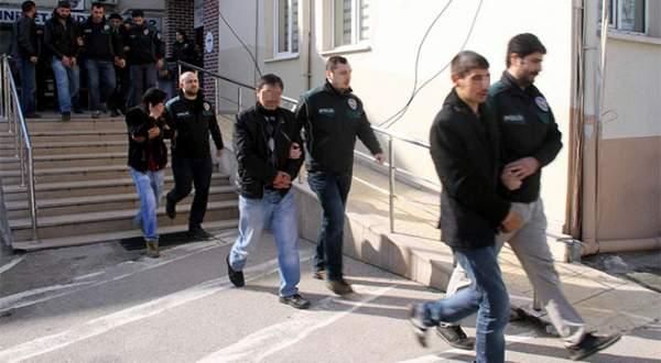 Bursa'da şafak operasyonu: 21 kişi tutuklandı