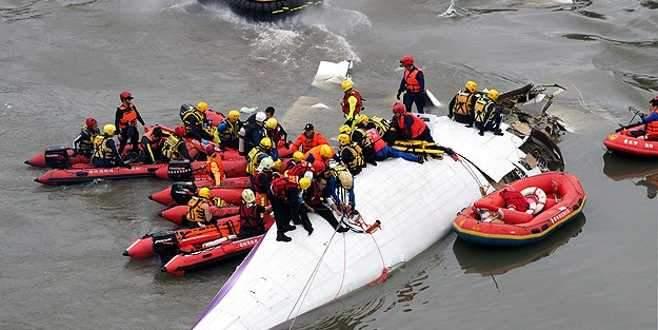 Tayvan'daki uçak kazasında ölenlerin sayısı artıyor