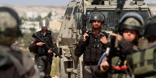 İsrail Filistin'de okul bastı