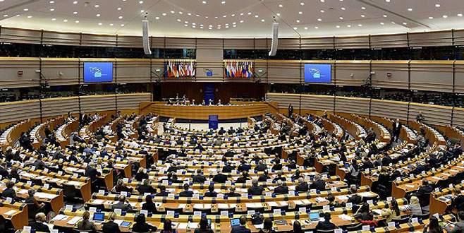 AB Komisyonu, Türkiye için büyüme tahminlerini yükseltti