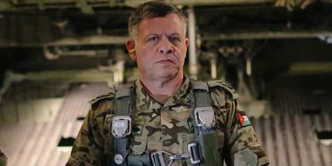 Ürdün Kralı IŞİD'e bu pozla gözdağı verdi
