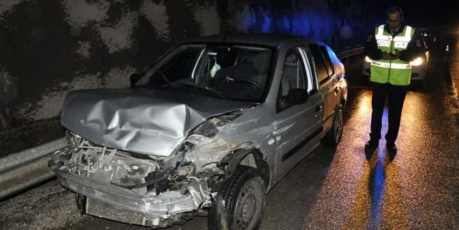 Bursa'da astsubay kaza yaptı: 3 yaralı
