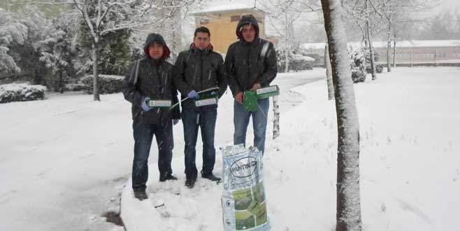 Hayvanlar için veterinerlerden 24 saat kar nöbeti