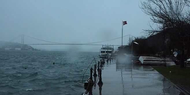 İki sevgiliyi İstanbul Boğazı ayırdı!