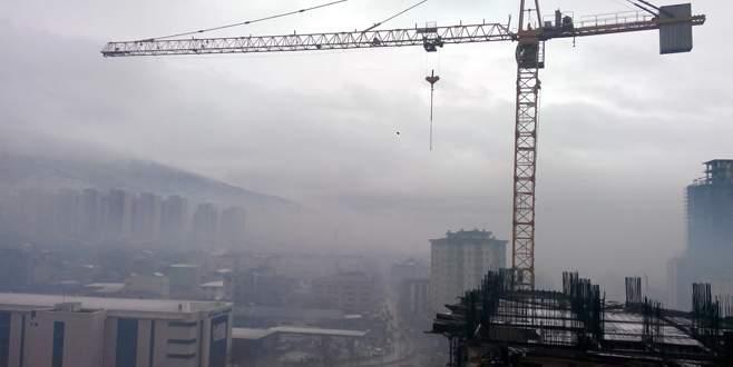 Bursa yoğun sis altında kaldı