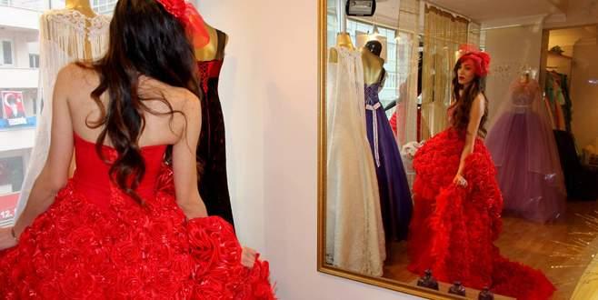 600 gülden yapılan elbise göz kamaştırıyor