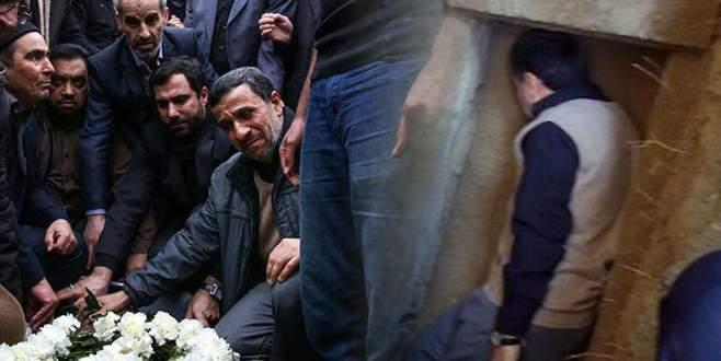Ahmedinejad, ölen annesinin mezarına girdi