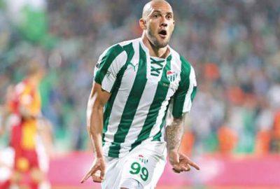 Fernandao, UEFA'nın radarında