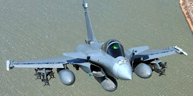 Fransa'dan Mısır'a jet hızıyla uçak satışı