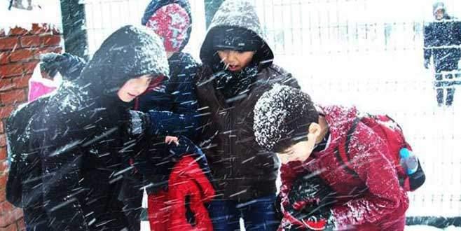 Bursa'da bir ilçede daha okullar tatil edildi!
