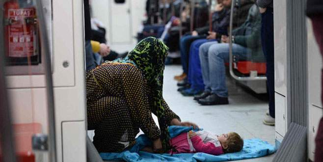 Metroya sığındılar!