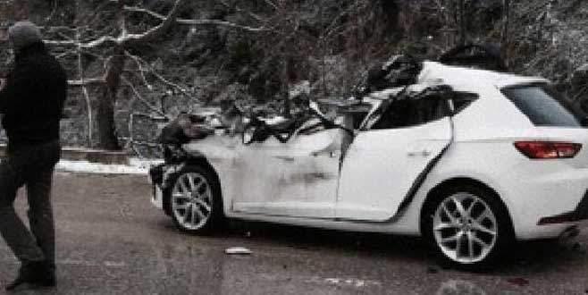 Otomobil duran TIR'a çarptı! 2 yaralı