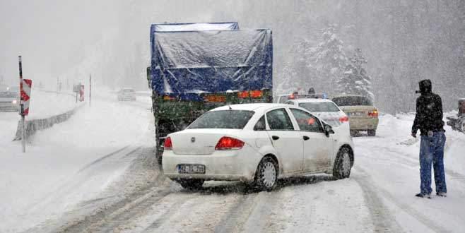 Bursa-Ankara karayolu ulaşıma kapandı