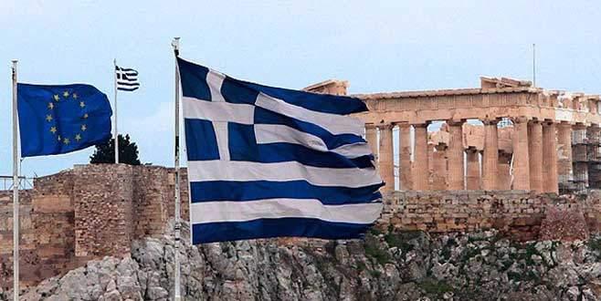 Yunanistan 6 ay istedi