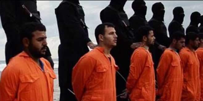 IŞİD yine kafa kesti!