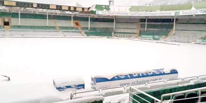60 cm kar var ama maç tehlikede değil