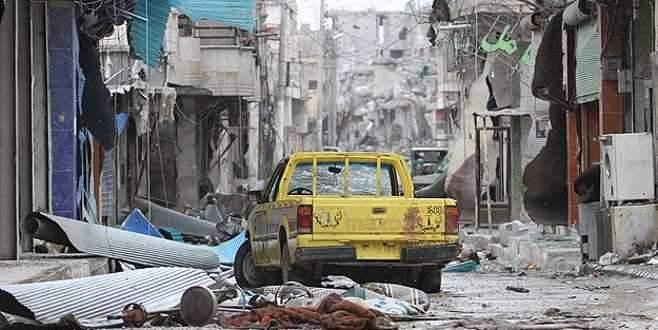 Kobani'de tüm yollar Türkiye'ye çıkıyor