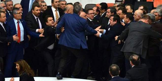 Meclis Genel Kurulu'nda yine gerginlik!