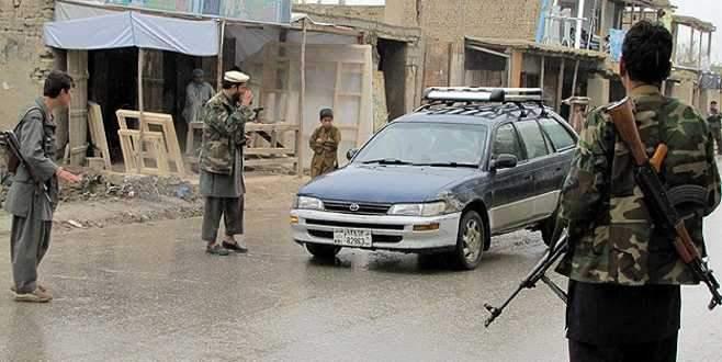 Afganistan'da Taliban 30 kişiyi kaçırdı