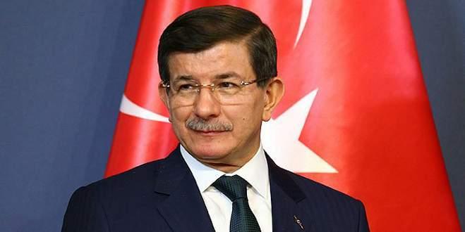 Başbakan Davutoğlu açıkladı!.. 3 Bakan değişiyor!..