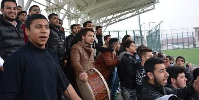 Roman Gençlikspor'a Roman havalı destek