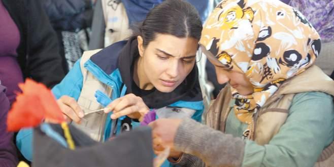 Mülteci kampında Tuba sürprizi