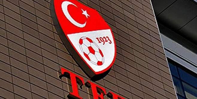 Bursasporlu taraftarlardan TFF'ye tepki