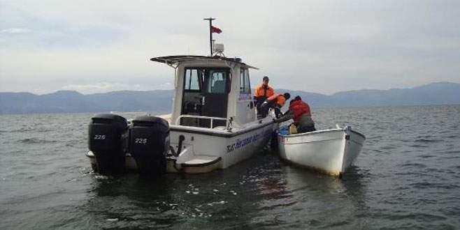 İznik Gölü'nde balıkçılar büyük panik yaşadı!