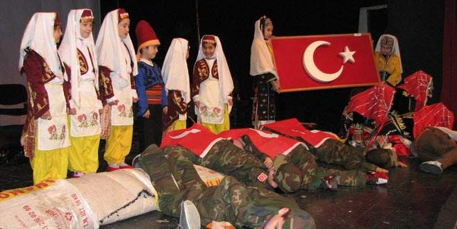 Kelesliler'den Çanakkale gösterisi