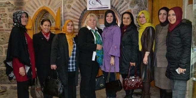 Osmanlı Kadınları'ndan Çatal'a tam destek
