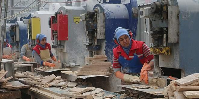 İstihdam programlarında kadınlar erkekleri geçti